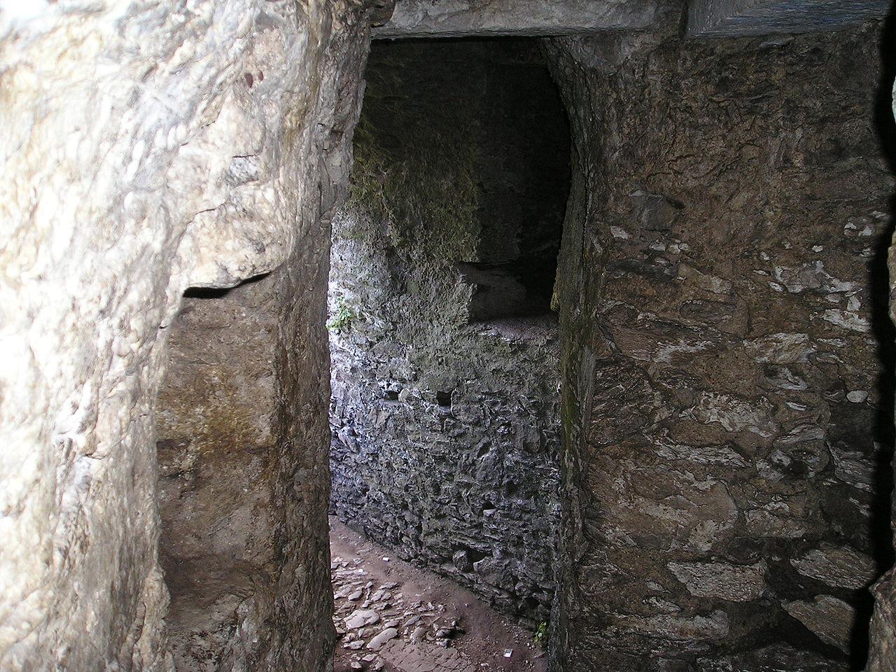 Подземелье замка Blarney, Ирландия.